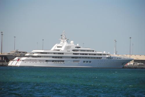 dubai expensive yacht