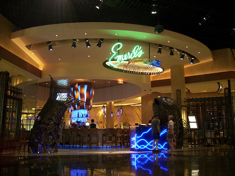 Emeril 39 s new orleans fish house at mgm grand for New orleans fish house