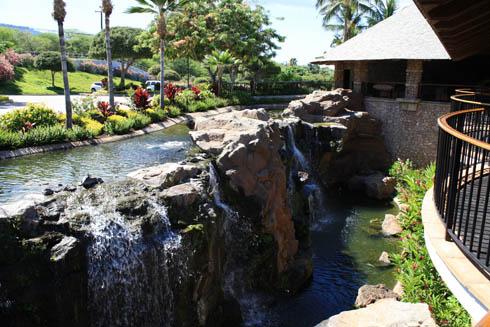 Hotel Wailea waterfall - Maui Hawaii