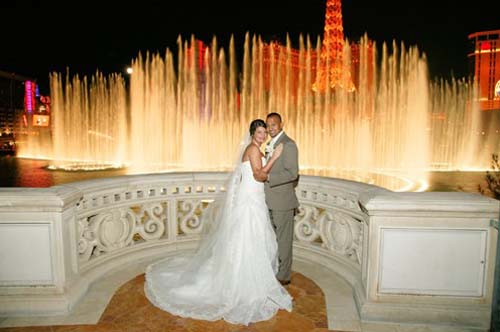 Take The Plunge With A Romantic Las Vegas Wedding