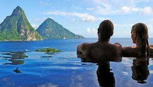 Jade Mountain resort - infinity pool
