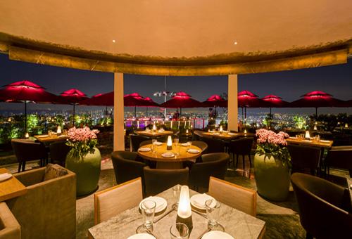 CÉ LA VI Singapore restaurant