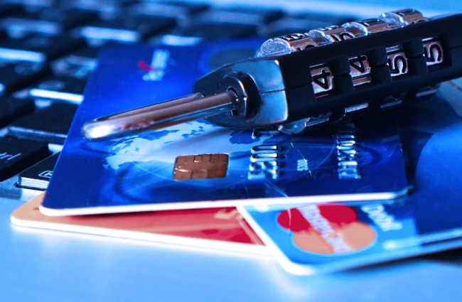 Identify theft, ID theft, hacking, personal information, credit cards