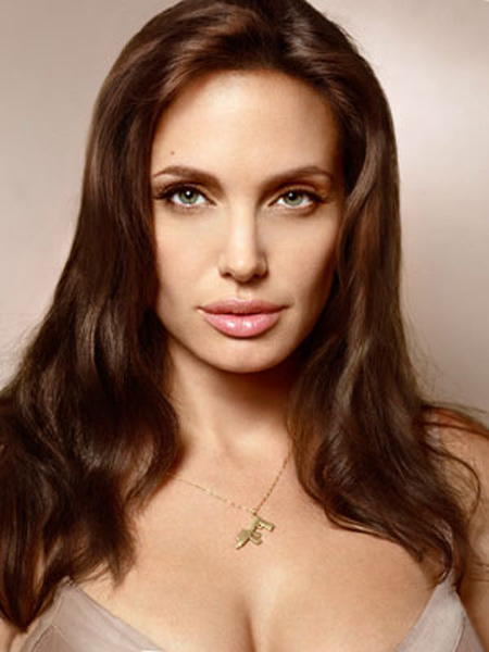 Angelina Jolie – A Wanted Woman