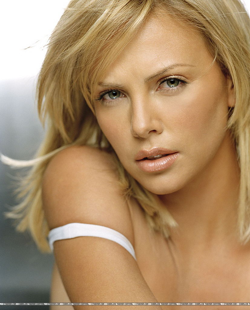 Charlize Theron Wiki Biography