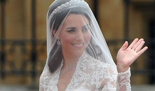 kate middleton dress wedding. royal wedding dress.
