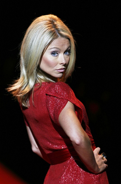 Kelly Ripa - Wallpaper Hot