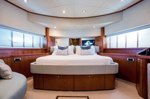 M/Y Impulse luxury yacht cabin