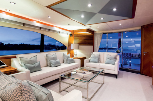 M/Y Impulse luxury yacht room