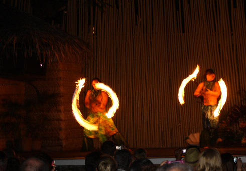 Myths of Maui luau fire - Royal Lahaina Resort