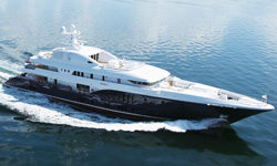 Sycara V luxury super yacht on ocean