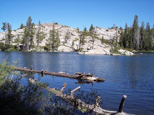 Loch Leven Lakes hike near Lake Tahoe