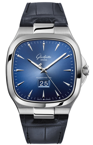 Seventies Panorama Date Luxury Watch by Glashütte