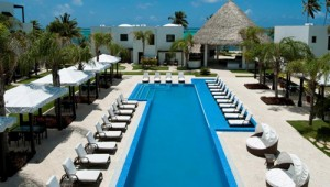 Las Terrazas Resort & Residences & pool - Ambergris Caye, Belize