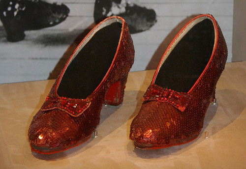 Wizard of Oz - Dorothy's Rubby Slippers